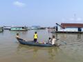 011  village flottant sur le Tonlé Sap Cambodge S