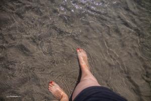 18- les pieds dans l'eau