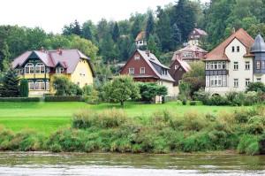 31- Sur les bords de l'Elbe (Allemagne)